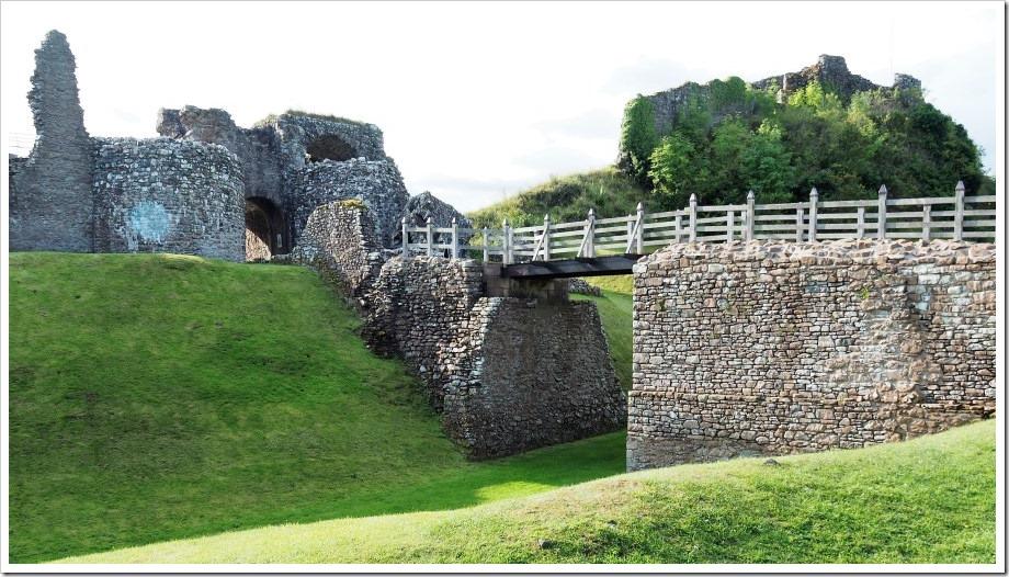 Urquhart Castle – Gate House