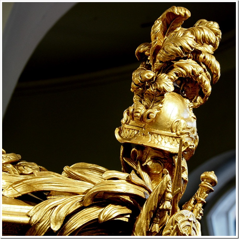 Gold State Coach - Plumed Helmet